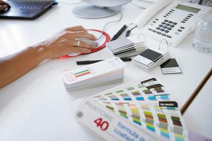 Heutzutage besitzt nahezu jeder einen Computer und somit ein Mousepad. Da Mousepads nach einer gewissen Zeit Verschleißerscheinungen aufweisen, sind sie immer eine gute Geschenkidee. Besonders reizvoll und vor allem persönlich wird das Geschenk, wenn man das Mousepad bedrucken lässt und so zu zum Beispiel zu einem absolut einzigartigen Foto Mousepad macht.